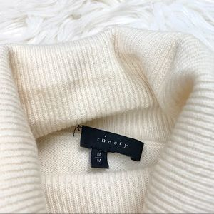 Theory Sweaters - Theory Cashmere Cream Turtleneck Sweater